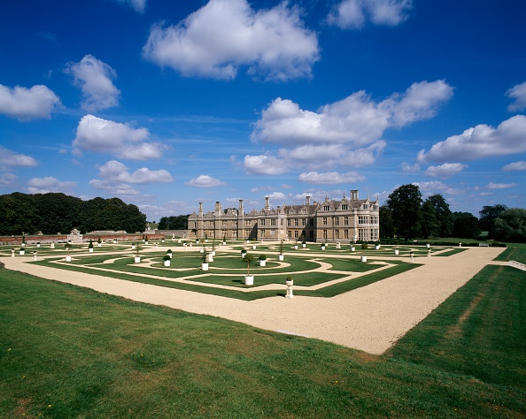 Elizabethan Style「Kirby Hall, near Corby, Northamptonshire, c2000s(?)」:写真・画像(0)[壁紙.com]