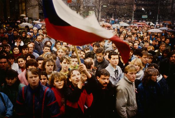 1989「The Velvet Revolution」:写真・画像(4)[壁紙.com]