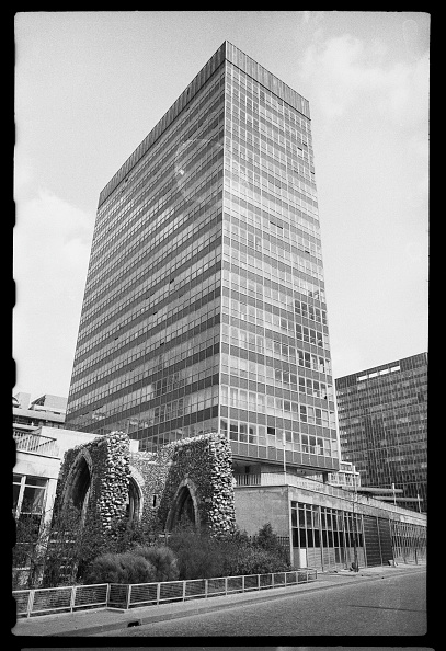 skyscraper「St Alphage House And Remains Of The Church Of St Alphege London Wall」:写真・画像(9)[壁紙.com]