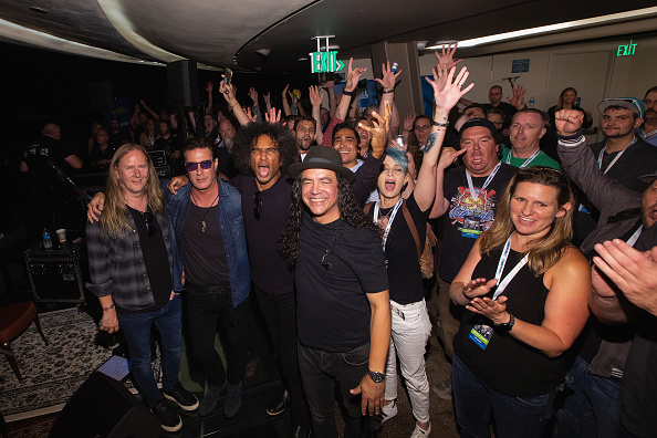 Lithium「Alice In Chains Performs For SiriusXM's Lithium Channel At The Space Needle In Seattle」:写真・画像(10)[壁紙.com]