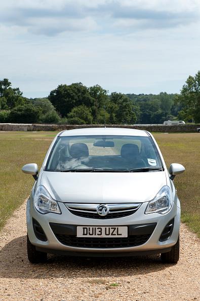 Facade「2013 Vauxhall Corsa 1」:写真・画像(3)[壁紙.com]