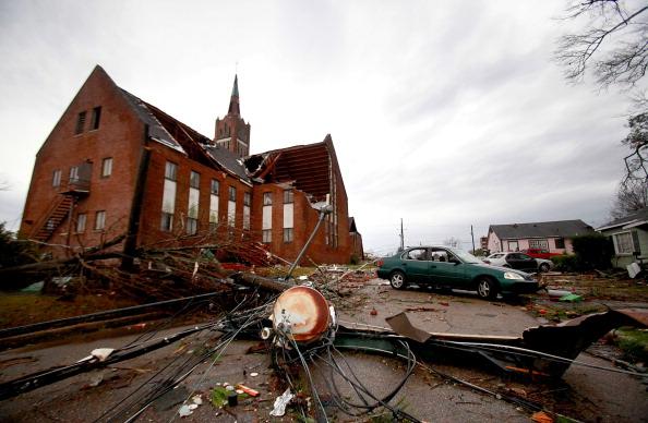 Mississippi「Large Tornado Causes Widespread Damage In Mississippi」:写真・画像(2)[壁紙.com]