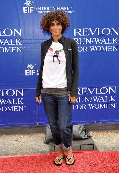 Curly Hair「Fruit Of The Loom At The Revlon Run/Walk For Women in Los Angeles」:写真・画像(17)[壁紙.com]