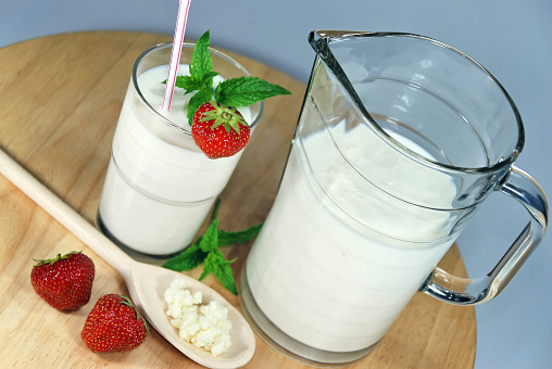Slanted「Jug and glass of kefir, decorated with fresh strawberries」:スマホ壁紙(7)