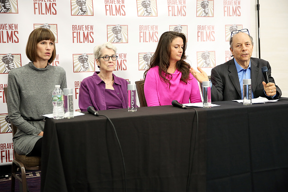 Press Room「Women Accusing Trump Of Sexual Harassment Hold Press Conference In NYC」:写真・画像(3)[壁紙.com]