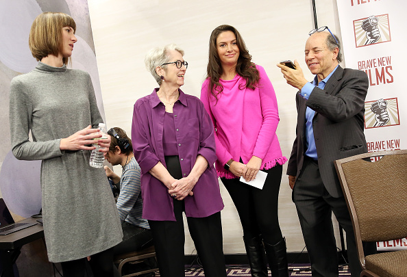 Conference Phone「Women Accusing Trump Of Sexual Harassment Hold Press Conference In NYC」:写真・画像(11)[壁紙.com]