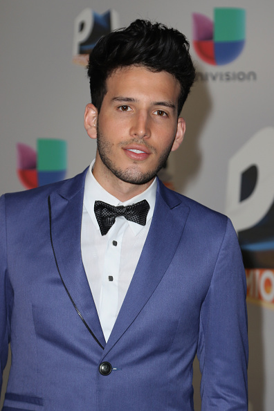 Sebastián Yatra「Univision's 13th Edition Of Premios Juventud Youth Awards - Arrivals」:写真・画像(3)[壁紙.com]