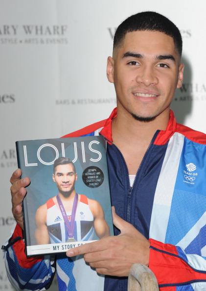あん馬「Louis Smith - Book Signing」:写真・画像(12)[壁紙.com]