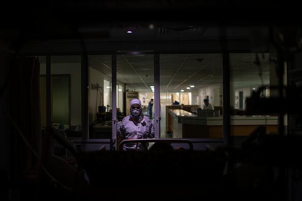 Lebanon - Country「Lebanon Tightens Lockdown As Covid-19 Surge Fills Hospitals」:写真・画像(10)[壁紙.com]