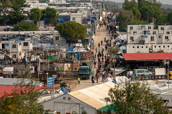 Lesbos「Overcrowding Continues At The Moria Refugee Camp」:写真・画像(11)[壁紙.com]