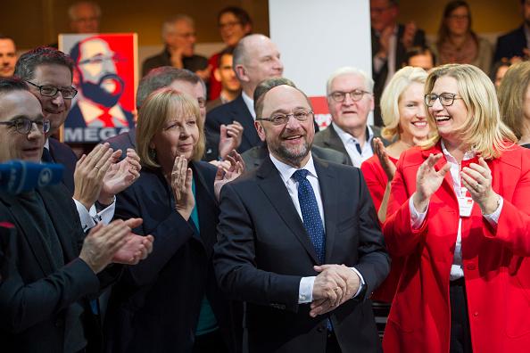 Politics and Government「Social Democrats Leadership Nominates Martin Schulz As Chancellor Candidate」:写真・画像(6)[壁紙.com]