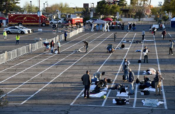 Homelessness「Temporary Homeless Shelter Opens At Cashman Center In Las Vegas」:写真・画像(1)[壁紙.com]