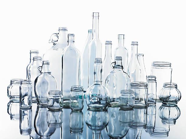 Collection of various glass bottles and jars:スマホ壁紙(壁紙.com)