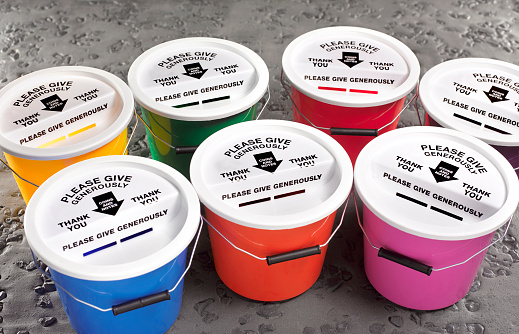Bucket「Collection of brightly coloured donation buckets」:スマホ壁紙(16)