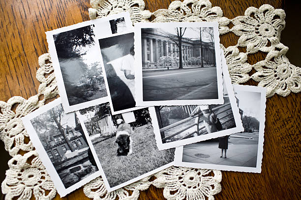 Collection of Old black and white Photographs:スマホ壁紙(壁紙.com)