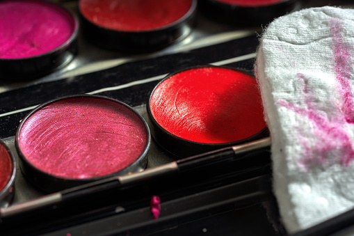 Dressing Table「A collection of make-up pallets」:スマホ壁紙(9)