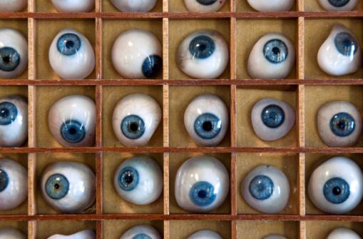 Eyesight「A collection of blue prosthetic eyes」:スマホ壁紙(19)