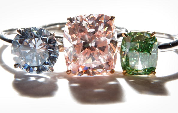 Pink Color「Rare Diamonds And Jewels Are Displayed Ahead Of A Sotheby's Auction」:写真・画像(7)[壁紙.com]