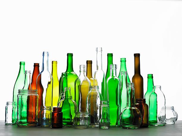 Collection of bottles of various colours:スマホ壁紙(壁紙.com)