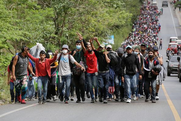Despair「Migrant Caravan Arrives in Guatemala On Its Journey To The U.S.」:写真・画像(14)[壁紙.com]