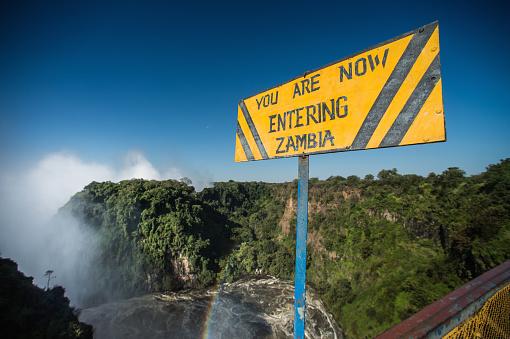 Rainbow「Entering Zambia sign above the Zambezi」:スマホ壁紙(6)