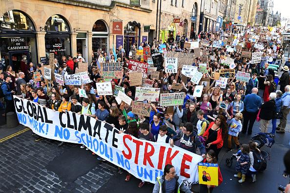 Strike - Protest Action「Activists In Edinburgh Join The Global Climate Strike」:写真・画像(4)[壁紙.com]