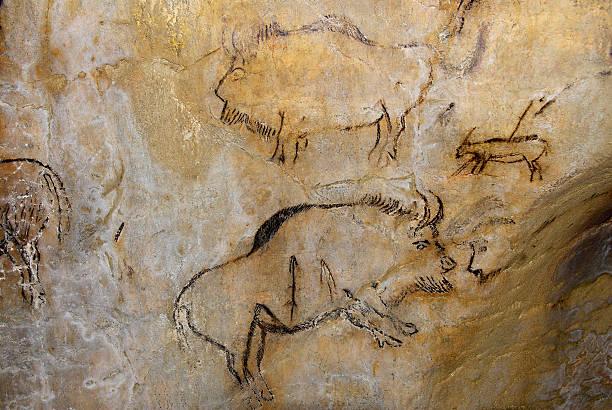 France, original painting in prehistoric cave of Niaux:スマホ壁紙(壁紙.com)