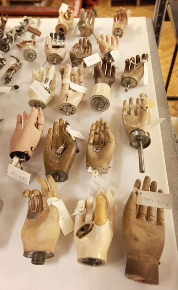 Hand「Science Museum Launches Medical Collection Website」:写真・画像(17)[壁紙.com]