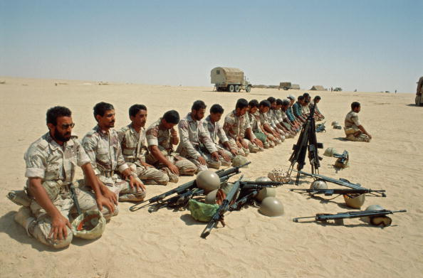 Tom Stoddart Archive「Desert Prayers」:写真・画像(15)[壁紙.com]