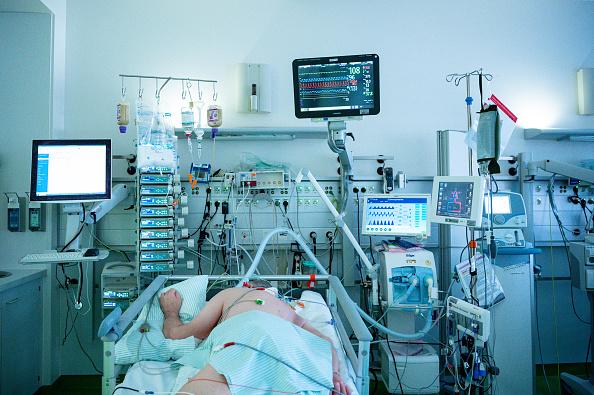 Germany「Aachen Hospital Treats Covid-19 Patients」:写真・画像(10)[壁紙.com]