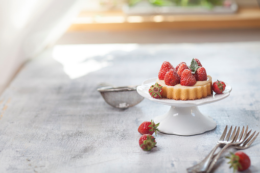Cakestand「Tartlet with pudding filling and strawberries」:スマホ壁紙(19)