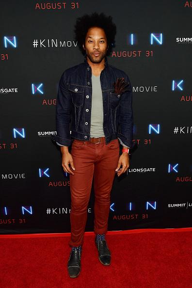 サミットエンターテイメント「Premiere Of Summit Entertainment And Lionsgate's 'KIN' - Arrivals」:写真・画像(2)[壁紙.com]