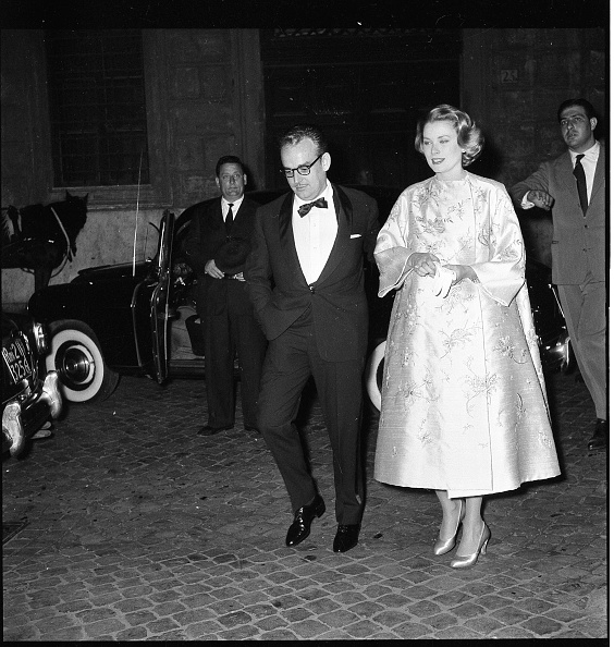 Elegance「Ranieri di Monaco with Grace Kelly in Rome in 1957」:写真・画像(5)[壁紙.com]