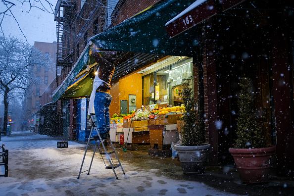 Brooklyn - New York「New York City Hit With Unusual April Snow」:写真・画像(7)[壁紙.com]
