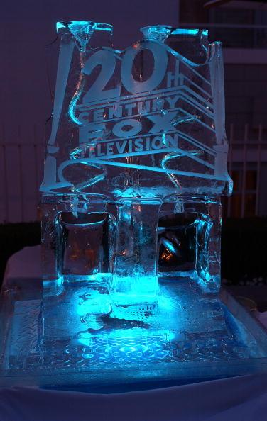 Ice Sculpture「Twentieth Century Fox Televison's New Season Party」:写真・画像(14)[壁紙.com]