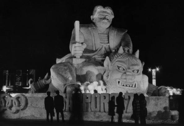 Ice Sculpture「Momotaro In Ice」:写真・画像(9)[壁紙.com]