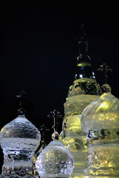 Ice Sculpture「Ice Sculpture Unveiled In Trafalgar Square」:写真・画像(4)[壁紙.com]