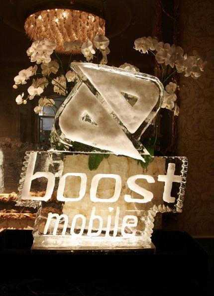 Ice Sculpture「CA: Bryan-Michael Cox 3rd Annual Grammy Brunch - Inside」:写真・画像(19)[壁紙.com]