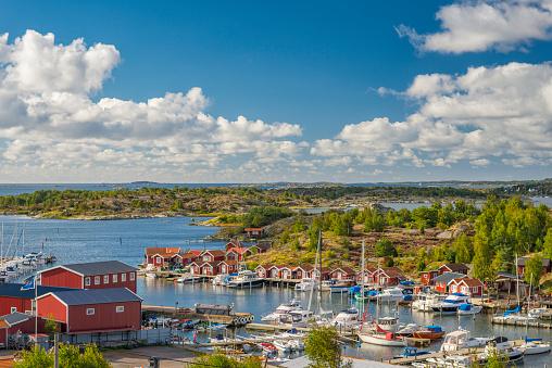 Archipelago「Small marina on Swedish west coast」:スマホ壁紙(5)