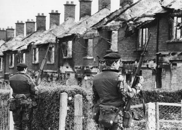 Guarding「War In Ireland」:写真・画像(15)[壁紙.com]