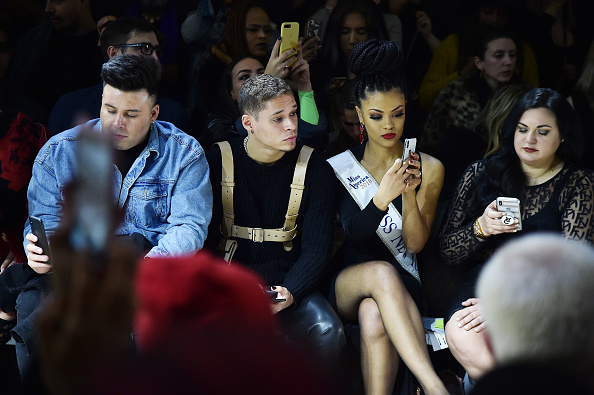 ニューヨークファッションウィーク「Afffair - Front Row - February 2019 - New York Fashion Week: The Shows」:写真・画像(11)[壁紙.com]