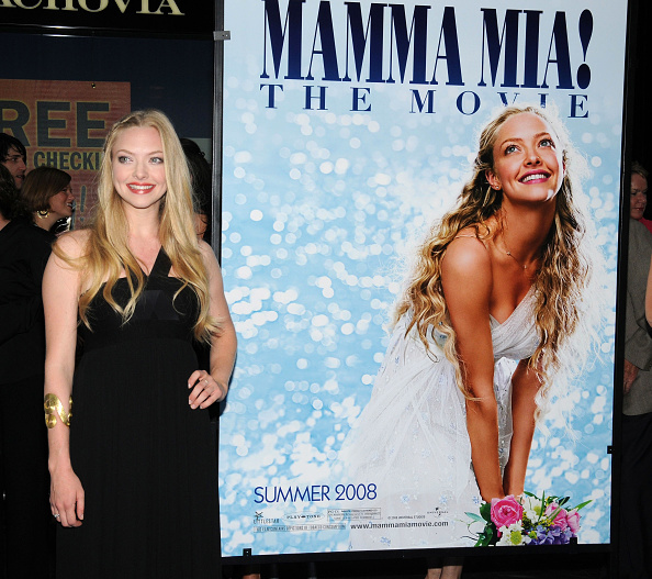 "Amanda Seyfried「Premiere Of ""Mamma Mia!"" - Outside Arrivals」:写真・画像(3)[壁紙.com]"