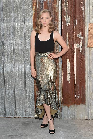 Amanda Seyfried「Givenchy - Arrivals - Spring 2016 New York Fashion Week」:写真・画像(5)[壁紙.com]