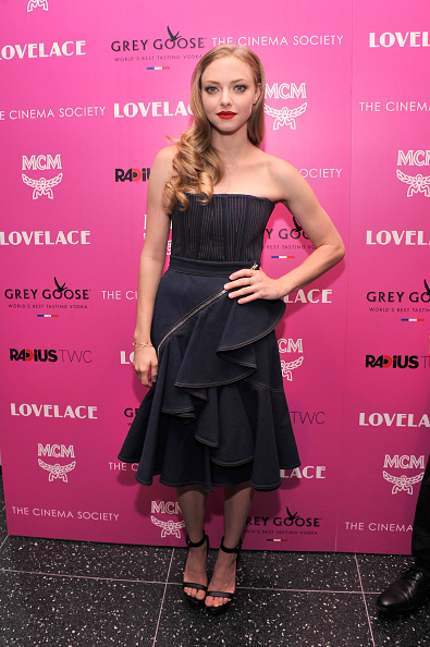 "Amanda Seyfried「The Cinema Society And MCM With Grey Goose Host A Screening Of Radius TWC's ""Lovelace"" - Arrivals」:写真・画像(7)[壁紙.com]"