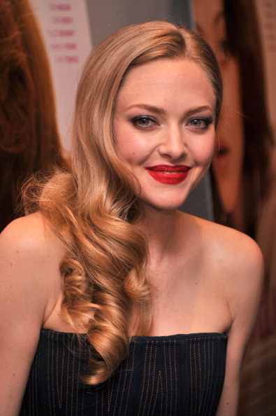 "Amanda Seyfried「The Cinema Society And MCM With Grey Goose Host A Screening Of Radius TWC's ""Lovelace"" - Arrivals」:写真・画像(1)[壁紙.com]"