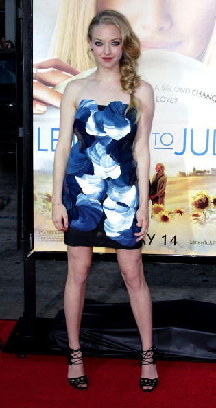 "Amanda Seyfried「Premiere Of Summit Entertainment's ""Letters To Juliet"" - Arrivals」:写真・画像(19)[壁紙.com]"