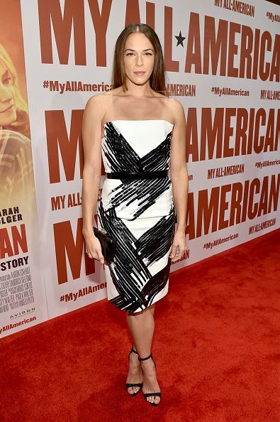 "Grove「Premiere Of Clarius Entertainment's ""My All American"" - Red Carpet」:写真・画像(7)[壁紙.com]"
