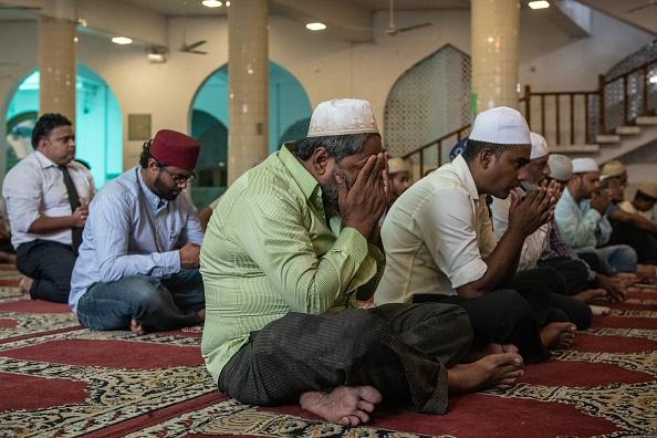 Sri Lanka「Friday Prayers in Colombo」:写真・画像(11)[壁紙.com]