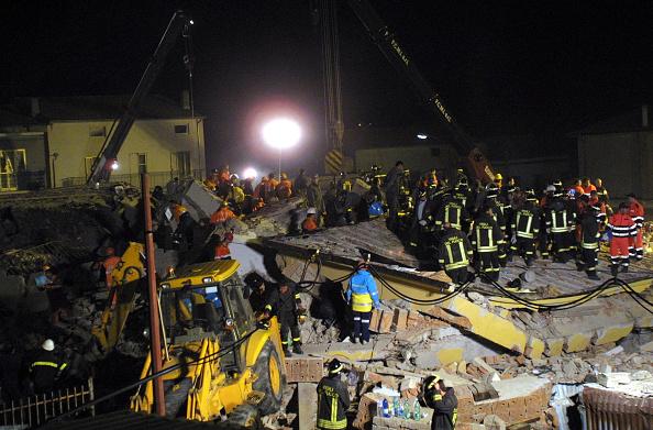 Effort「Killer Earthquake Rocks South Central Italy」:写真・画像(5)[壁紙.com]