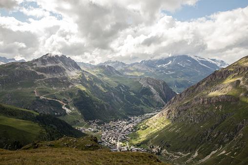 Val d'Isere「Scene of town」:スマホ壁紙(18)